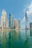 迪拜-威严9日2014年:迪拜威严9的小游艇船坞区在阿拉伯联合酋长国 迪拜fastly在中东开发城市 库存照片