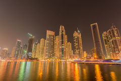 迪拜- 2015年1月10日:小游艇船坞区 免版税库存照片
