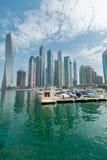 迪拜- 2014年8月9日:迪拜小游艇船坞区 免版税库存照片