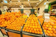 迪拜- 2014年1月7日:迪拜超级市场 免版税图库摄影