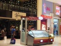 迪拜购物中心在迪拜,阿拉伯联合酋长国 库存照片