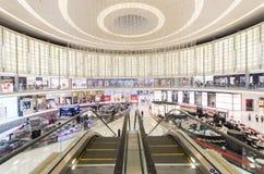 迪拜购物中心 内部 免版税库存照片