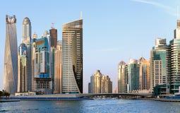 迪拜-迪拜小游艇船坞的区域的看法 库存照片