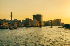 迪拜Creek,阿拉伯联合酋长国地平线  免版税库存照片