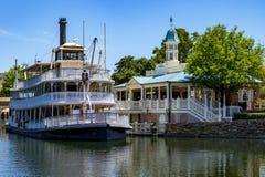 迪斯尼世界密西西比明轮船小船奥兰多佛罗里达 免版税库存照片