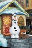 迪斯尼世界结冰的奥拉夫雪人 免版税库存图片