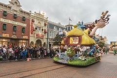 迪斯尼乐园游行巴黎 免版税库存照片