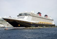 迪斯尼巡航在巴哈马 免版税库存照片