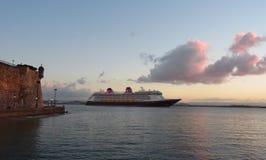 迪斯尼Cruiseship,圣胡安-波多黎各 免版税图库摄影