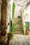 迷人的意大利庭院 库存图片