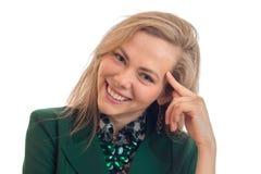 迷人的年轻白肤金发的微笑的特写镜头画象  图库摄影