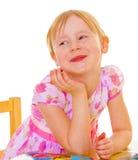 迷住女孩的被更换的小的牙。 免版税库存照片