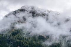 迷雾山脉在奥地利 库存照片