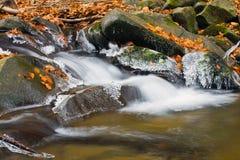 迷离瀑布和冰 库存照片