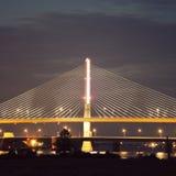 退伍军人的玻璃城市Skyway桥梁在托莱多 库存照片