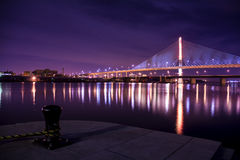 退伍军人玻璃城市Skyway桥梁 库存照片