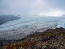 退出冰川,并且哈丁Icefield俯视, Kenai海湾国家公园 库存照片