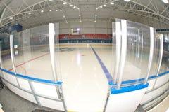 退出对在竞技场的冰在Kranevo,保加利亚 免版税库存图片