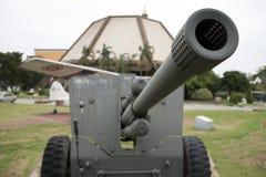 退役泰国军队位置枪室外在全国纪念品纪念下一代 免版税库存图片