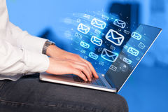 送电子邮件的概念 库存照片