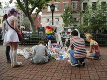 送葬者荣誉奥兰多快乐解放纪念品的大屠杀受害者在克里斯托弗停放 免版税库存图片