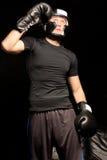 适合的肌肉年轻拳击手 库存照片