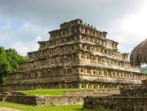 适当位置的金字塔在El Tajin,墨西哥的 库存图片