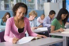 选件类高中女小学生 免版税库存图片