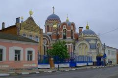 选出/利佩茨克州,俄罗斯- 2017年5月09日:贫民院和盛大教会的看法 免版税库存图片