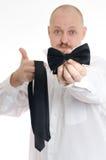 选择领带或蝶形领结的Bussines人 库存图片