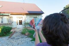 选择门面的一种新的颜色 图库摄影