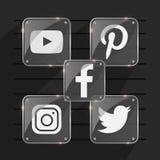 透明普遍的社会媒介发光的商标 facebook慌张instagram pinterest youtube 库存图片