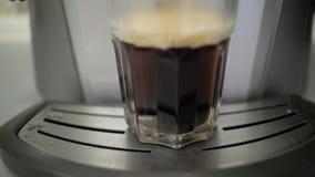 透明杯咖啡 咖啡浓咖啡风险长的设备照片准备进程 股票录像