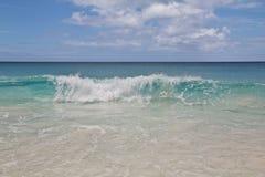 透明波浪 库存图片