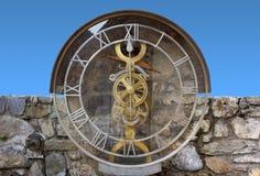 透明水钟在Pesariis 免版税库存照片