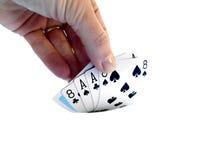递举一个死的人的手,两对纸牌游戏手consistin 免版税库存图片