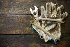 递工具箱或工作工具箱背景,在产业工作的工具普通工作或坚苦工作的 设备私有保护 免版税图库摄影