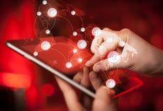 递触板个人计算机,社会网络概念 免版税库存照片