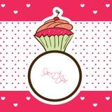 杯形蛋糕圆环和与我结婚消息 免版税库存照片