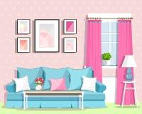 逗人喜爱的五颜六色的与家具的客厅室内设计 减速火箭的空间样式 免版税库存图片