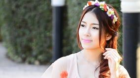 逗人喜爱的亚洲妇女时装模特儿画象 影视素材