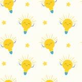 逗人喜爱的动画片明亮的黄灯电灯泡无缝的样式概念背景例证 免版税图库摄影