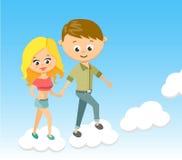 逗人喜爱的动画片男孩和女孩 充满爱 云彩走 字符,一点,喜悦,年轻人,微笑,俏丽,愉快 图库摄影