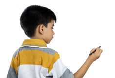 逗人喜爱的印地安男孩文字 免版税库存图片