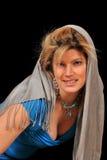 逗人喜爱的围巾性感的妇女 图库摄影