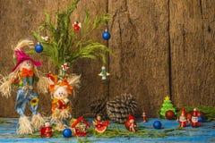 逗人喜爱的圣诞节稻草人卡片 Copyspace 免版税库存照片