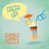 逗人喜爱的夏天海报-与伞,柠檬的鸡尾酒 免版税库存图片