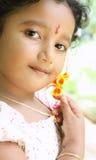 逗人喜爱的女孩印地安人纵向 免版税库存图片
