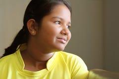 逗人喜爱的女孩印第安少年 库存照片