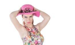逗人喜爱的女孩和帽子 免版税库存照片